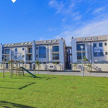 buh-rein-estate-apartments-blue-lily-lane-350x350